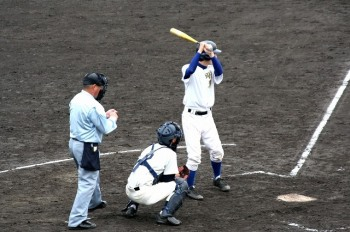 少年野球バッティング練習の基本では高く構えない