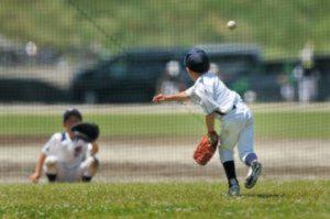 少年野球の正しい投げ方